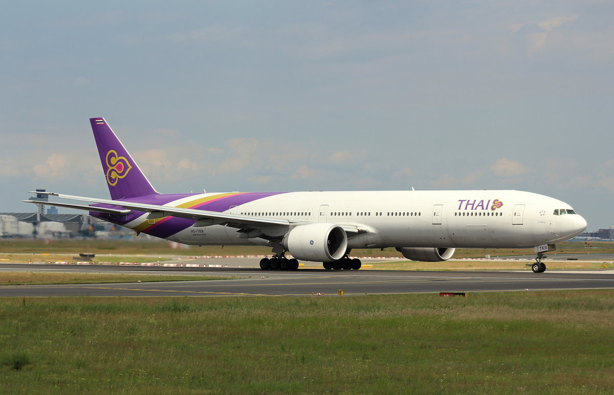Thai Airways,HS-TKR, MSN 41527, Boeing 777-3AL(ER), 04.06.2017, FRA-EDDF, Frankfurt, Germany (Name: Hat Yai)