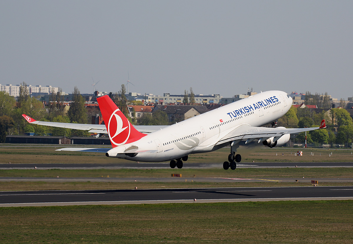 Turkish Airlines, Airbus A 330-223, TC-JIT, TXL, 19.04.2019
