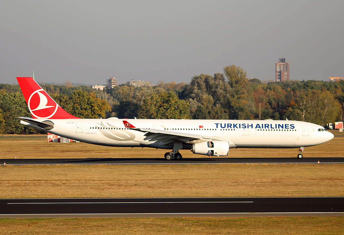 Turkish Airlines, Airbus A 330-343, TC-LOG, TXL, 11.10.2018