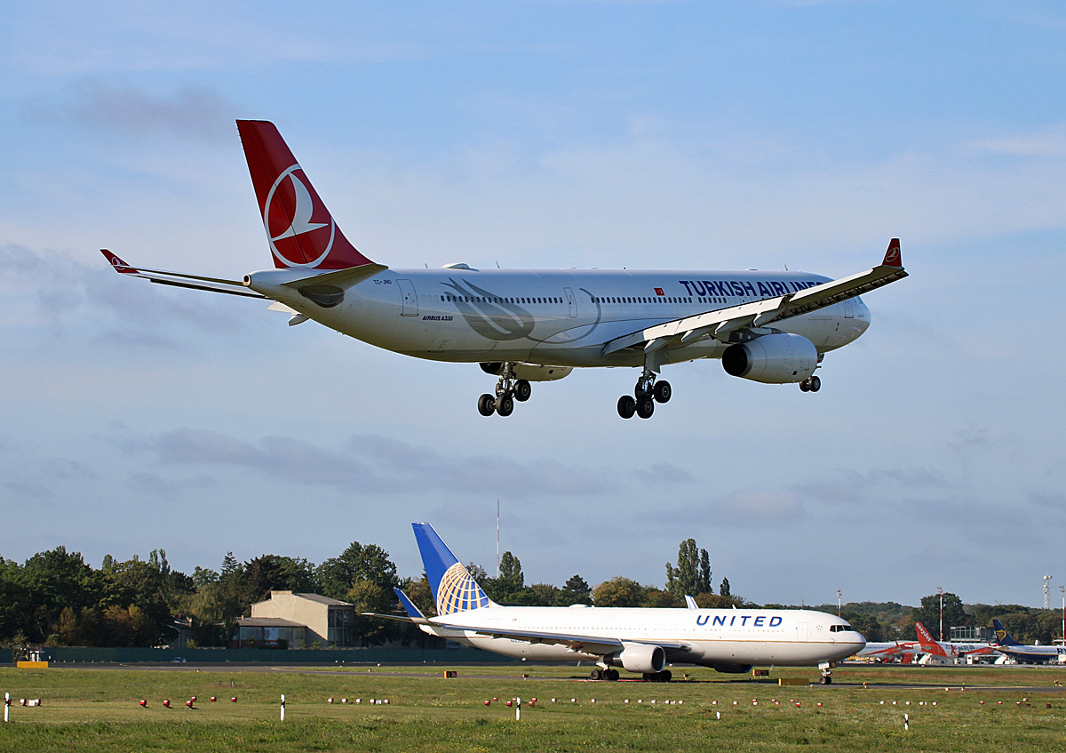 Turkish Airlines, Airbus A 330-343X, TC-JNO, United Airlines, Boeing B 767-322(ER), N663UA, TXL, 19.09.2019