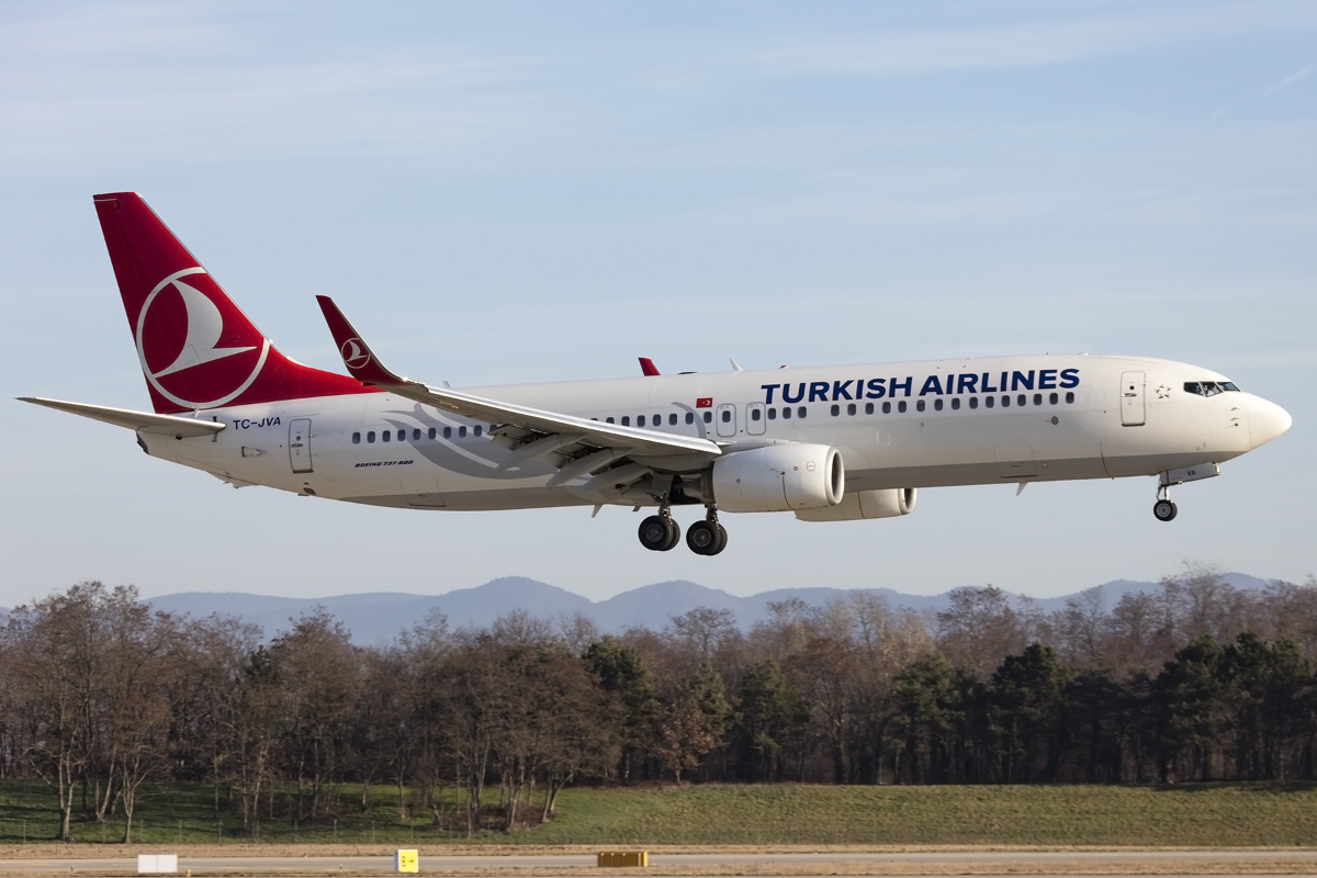 Turkish Airlines, TC-JVA, Boeing, B737-8F2, 20.12.2015, BSL, Basel, Switzerland