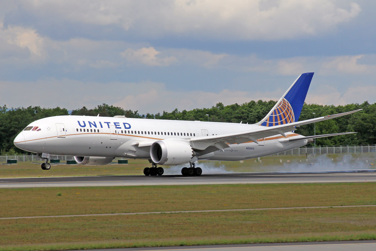 United Airlines, N30913, Boeing 787-8, 20.Mai 2017, FRA Frankfurt am Main, Germany.
