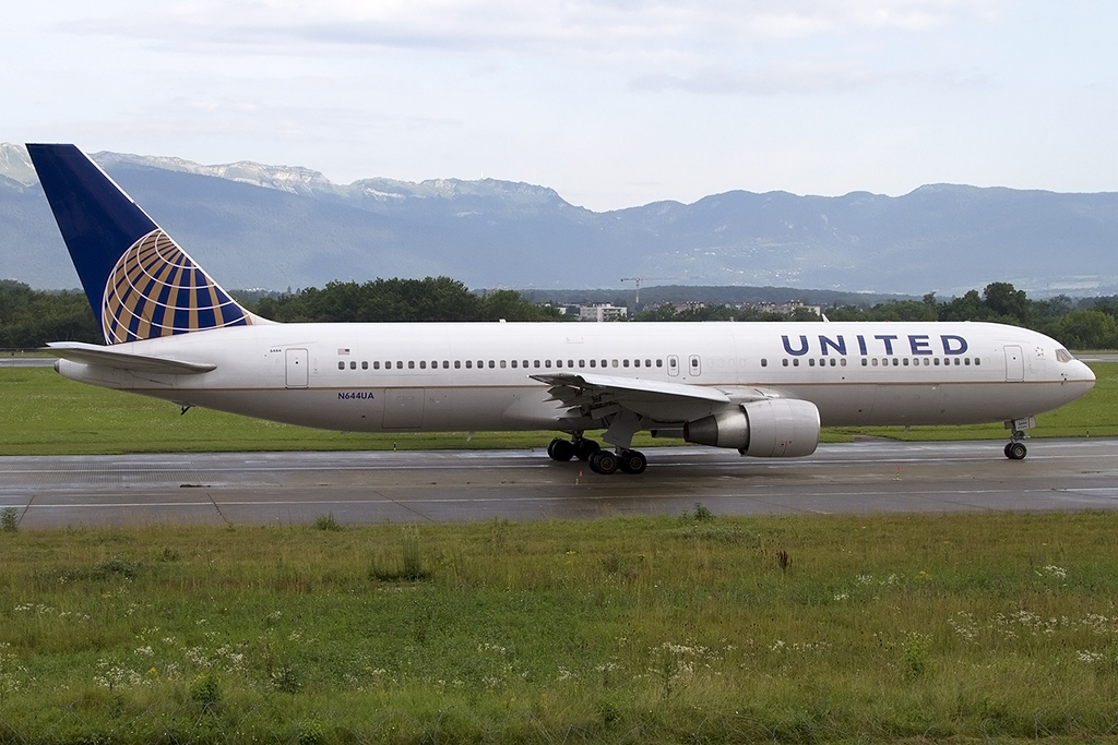 United Airlines, N644UA, Boeing, B767-322ER, 10.08.2014, GVA, Geneve, Switzerland
