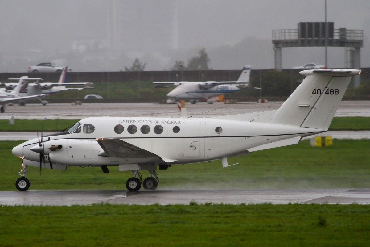 United States of America (Air Force), 40488, Beechcraft, C-12 Huron, 12.09.2014, STR-EDDS, Stuttgart, Germany
