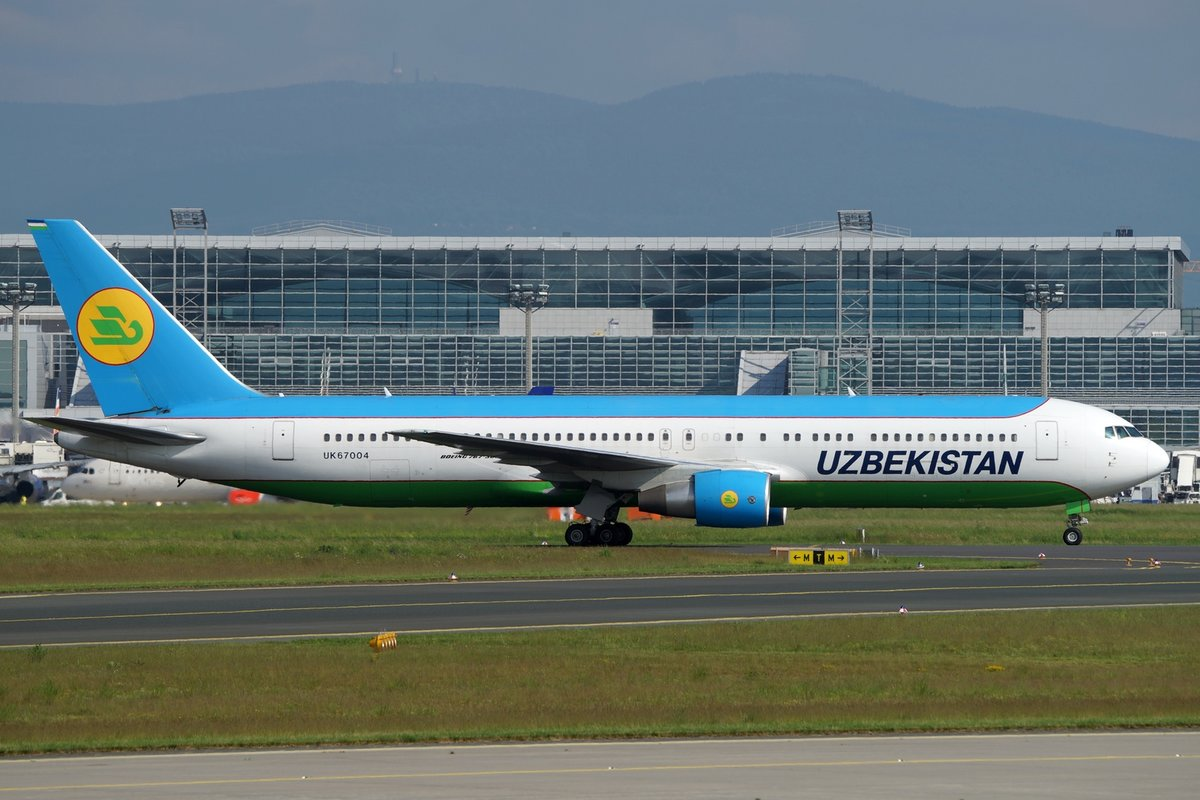 Uzbekistan Airways Boeing B767-33P(ER) UK67004, cn(MSN): 40536,