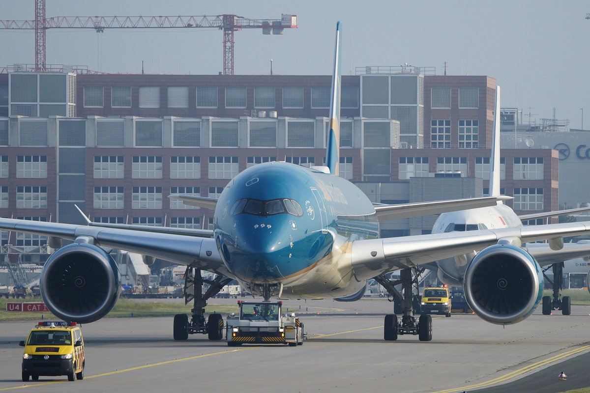 Vietnam Airlines Airbus A350-941 VN-A896, cn(MSN): 192,