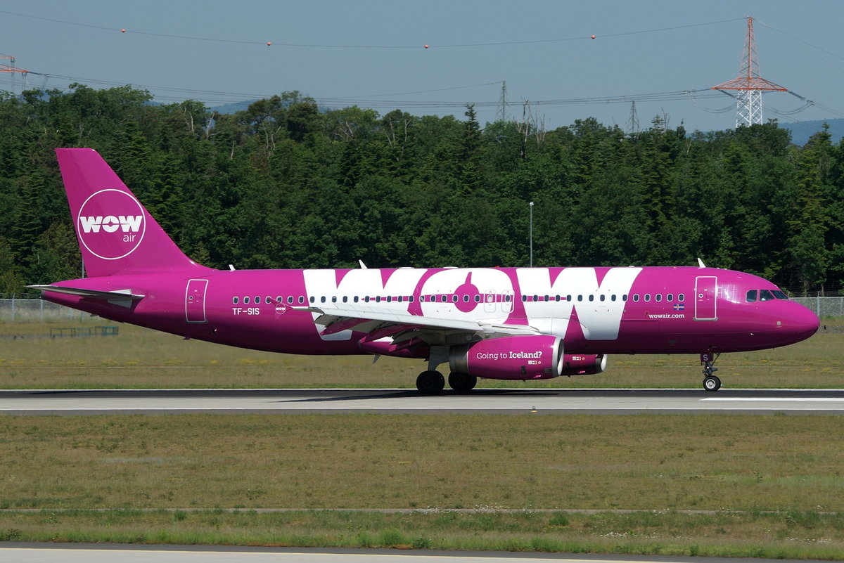 WOW air Airbus A320-232 TF-SIS, cn(MSN): 4270,