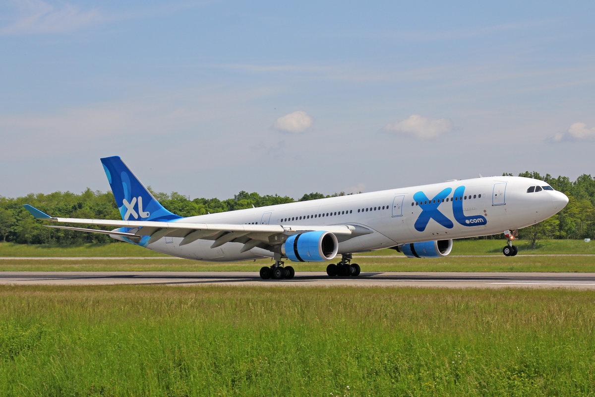 Xl airways f hxlf airbus a330 303 18 mai 2016 bsl for Airbus a330 xl airways interieur