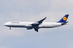 D-AIGZ Lufthansa Airbus A340-313 'Villingen-Schwenningen'  beim Anflug auf Frankfurt am 06.08.2016