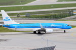 PH-BGB KLM Royal Dutch Airlines Boeing 737-8K2(WL)   zum Start am 14.05.2016 in München