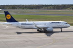 D-AIZW Lufthansa Airbus A320-214(WL)  Wesel  am 20.04.2016 zum Start in Tegel