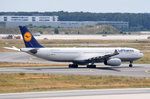 D-AIKH Lufthansa Airbus A330-343  zum Start am 01.08.2016 in Frankfurt