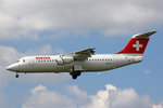 SWISS Global Air Lines, HB-IYZ, BAe Avro RJ100, 09.Juli 2016, ZRH Zürich, Switzerland.