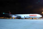 SWISS Global Air Lines, HB-JNB, Boeing 777-3DEER, 24.November 2016, ZRH Zürich, Switzerland.
