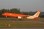 TNT Airways, OE-LFB, Boeing 757-23APF, 18.Mai 2016, BSL Basel, Switzerland.