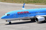 I-NEOW Neos Boeing 737-86N(WL)   beim Gate in Tegel am 07.07.2016