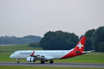 Helvetic Airways Embraer 190-100LR HB-JVP am 14.09.16 nach der Landung in Hamburg Fuhlsbüttel.