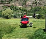 HB-ZKF Heli der Air Zermatt, am 21.5.2016 in Gamsen.