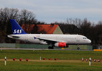 SAS A 319-132 OY-KBP kurz vor dem Start in Berlin-Tegel am 29.11.2015