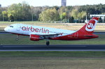 D-ASTX Air Berlin Airbus A319-112   in Tegel am 20.04.2016 beim Start
