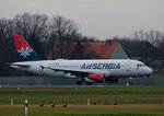 Air Serbia A 319-132 YU-APE kurz vor dem Start in Berlin-Tegel am 19.12.2015