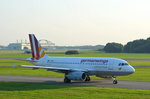 Germanwings Airbus A319-100 D-AGWU rollt am 14.09.16 in Hamburg Fuhlsbüttel zum Start.