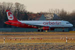 Air Berlin, Airbus A 320-216, D-ABZL, TXL, 31.12.2016