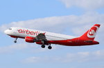 D-ABNH Air Berlin Airbus A320-214  in Tegel am 20.04.2016 gestartet