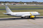 EC-MGE Vueling Airbus A320-232(WL)  zum Start am 20.04.2016 in Tegel