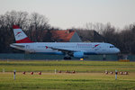 Austrian Airlines A 320-214 OE-LBL kurz vor dem Start in Berlin-Tegel am 06.12.2015