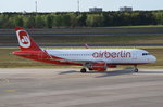 D-ABNO Air Berlin Airbus A320-214(WL)   am 04.05.2016 zum Gate in Tegel