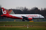Air Berlin A 320-216 D-ABZK kurz vor dem Start in Berlin-Tegel am 19.12.2016