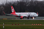 Air Berlin A 320-214 D-ABNM kurz vor dem Start in Berlin-Tegel am 29.11.2015